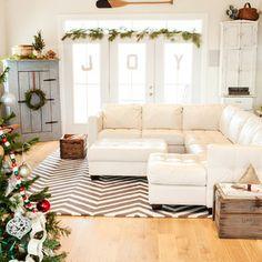 Holiday Decor - contemporary - family room - columbus - Julie Ranee Photography