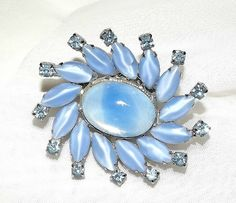 Vintage Periwinkle Blue Sunburst Brooch with Moonstones and Blue Rhinestones