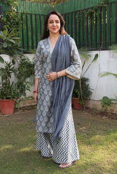Indian Fashion, Women's Fashion, Fashion Design, Indian Idol, Pakistani Outfits, Blouse Styles, Kurtis, Designer Dresses, Ethnic