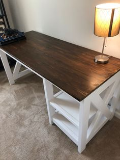 DIY Farmhouse Desk plans that will make your home office pop! Need an office farmhouse desk to spice up the home office? These DIY Desk Plans will make your office come to life. Farmhouse Furniture, Rustic Furniture, Furniture Decor, Farmhouse Desk, Furniture Stores, Luxury Furniture, Furniture Websites, Furniture Movers, Furniture Design