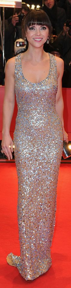 Christina Ricci red carpet dress