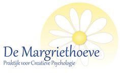 Logo: Lavendelblauw en geel met een Margriet-achtige bloem