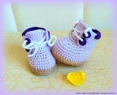 Как связать Ботиночки для игрушки Crochet Art, Crochet Dolls, Toddler Toys, Kids Toys, Sewing Toys, Doll Shoes, Doll Accessories, Kids And Parenting, Anniversary Gifts