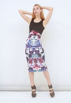 MAY THE LABEL Poetry Mirror Rose Print Pencil Midi Dress BNWT AUS 6 8 XXS XS