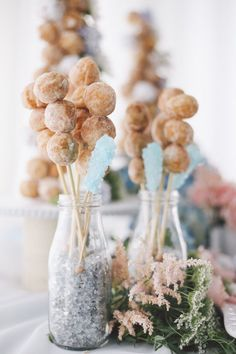This New York wedding is one you don't want to miss! With boho, whimsical, and elegant elements, this vision is truly a work of art that was wonderfully styled and photographed by OLLI STUDIO. Rose quartz and serenity blue were the two focal colors for this wedding shoot, and we absolutely love all the watercolor-esque design […]