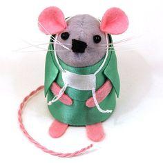 Dr. Severin the Surgeon Mouse  . #surgeon #etsy #hospital #getwellsoon #mouse #rat #cute #artmouse #artrat #artistmouse #artistrat #handmade #artisan #collectables #collectable #etsyshop #etsystore #etsyfinds #etsygifts #mompreneur #momboss #mumpreneur #wahm #thom #THOMPins #fun #funny #humor #thehouseofmouse