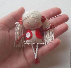 icu ~ Best 11 – Page 564779609516397865 – SkillOfKing. Tiny Dolls, Soft Dolls, Dollhouse Dolls, Miniature Dolls, Fabric Toys, Fabric Crafts, Peg Doll, Homemade Dolls, Felt Toys