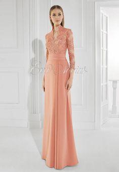 Vestido de fiesta y madrina de Patricia Avendaño colección 2016 modelo 3008 en Eva Novias Madrid calle Goya, 84 teléfono 914359458.