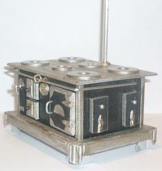 Miniature dollhouse stove (DIY), traditional gas/coal, templates + instructions ~ Source: Las Minis de Esperanza