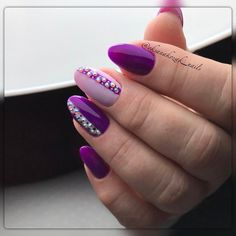 Ногтеманияк | Маникюр, ногти, идеи дизайна Violet Nails, Purple Nails, Bling Nails, French Nails, Hair And Nails, My Nails, Round Shaped Nails, Short Round Nails, Nagel Bling