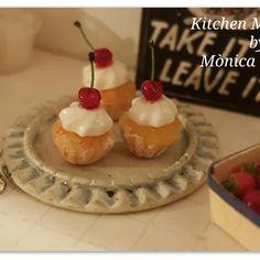 Cute cupcakes 1/12 scale