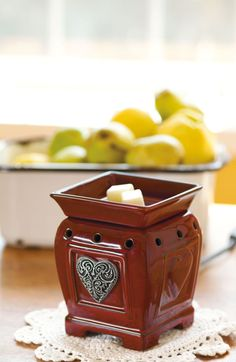 Heartfelt coming March 1 Scentsy's Charitable cause warmer for Spring /Summer 2012 for American Heart Association