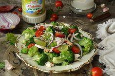 sałatka z brokułami i kurczakiem Avocado Toast, Food And Drink, Chicken, Breakfast, Kitchen, Recipes, Books, Diet, Essen