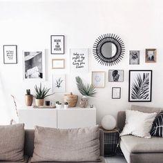 Premier tuto déco!Sur le blog je vous fais découvrir une partie de mon salon et je vous explique en vidéo comment j'ai réussi à réaliser un mur de cadres sans percer mon mur!Je vous donne aussi plein d'astuces pour réussir votre composition et vous détaille la provenance de tous mes objets déco.-> junesixtyfive.com✔️#wallart #deco @juniqeartshop