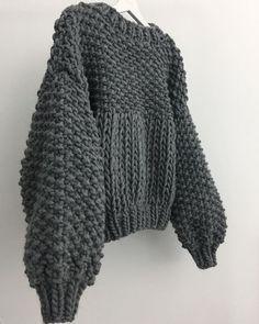 Chunky Knitting Patterns, Knitting Designs, Free Knitting, Crochet Patterns, How To Start Knitting, Knitting For Beginners, Knit Cowl, Knit Crochet, Winter Warmers