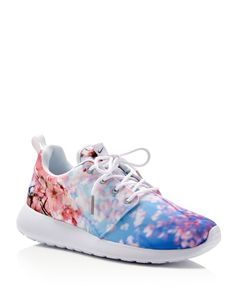 Nike Roshe One Cherry Blossom Lace Up Sneakers