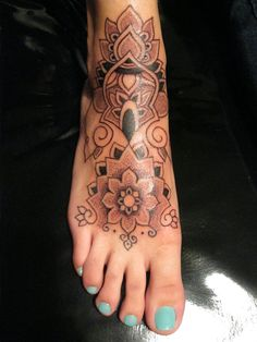 omg....im obsessed. i wish i didnt have my feet tattooed already!