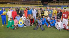Maddon has Cubs wear pajamas on trip home - Have to like Maddon and keeping the team having fun. I'm probably more nervous than these guys for the outcome of the season.!