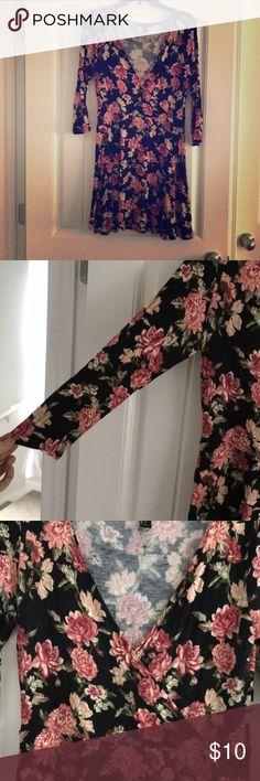 Floral Cotten dress Black dress with floral print. Super soft! Dresses Mini