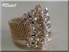 Peyote Ring with Crystals Ring Seed Bead Jewelry, Bead Jewellery, Beaded Jewelry, Jewelry Rings, Jewelery, Wire Jewelry, Diy Beaded Rings, Beaded Earrings, Beaded Bracelets