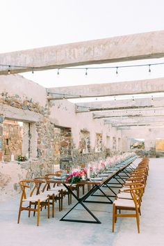 Todos Santos destination wedding at Hotel San Cristobal - 100 Layer Cake Outdoor Wedding Reception, Hotel Wedding, Destination Wedding, Outdoor Weddings, Reception Ideas, Wedding Table, Wedding Planning, Wedding Ideas, Hotel San Cristobal