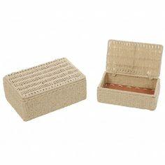 Tavarat järjestykseen!  #luhtahome #ystavanpaiva Tissue Holders, Decorative Boxes, Towel, Home Decor, Decoration Home, Room Decor, Home Interior Design, Decorative Storage Boxes, Home Decoration