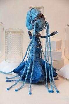Zdjęcia społeczności | VK Crochet Geek, Cute Crochet, Crochet Crafts, Crochet Dolls, Yarn Crafts, Crochet Yarn, Easy Crochet, Crochet Projects, Sewing Crafts