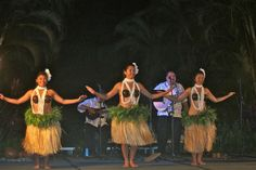 #Hawaii I have to do a luau while I am in Lanai!
