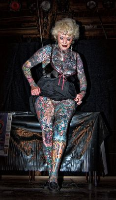 """most tattooed woman and they """"SAY"""" tattoos when you get older don't look good. pssshhhhhand they """"SAY"""" tattoos when you get older don't look good. Full Body Tattoo, Body Art Tattoos, Girl Tattoos, Sleeve Tattoos, Face Tattoos For Women, Vogel Tattoo, Aquarell Tattoo, Full Body Suit, Body Modifications"""