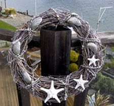Seashell wreath - a wonderful idea . . .