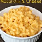 Slow Cooker Macaroni and Cheese | Six Sisters' Stuff