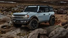 Ford Bronco 4 Door, New Bronco, Bronco Sports, Bronco Car, Bronco Concept, Broncos Colors, Rock Sliders, Mazda Miata, Car And Driver