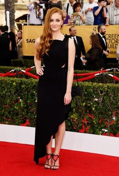 Sophie Turner Where: The 2015 SAG Awards (Photo: Frazer Harrison/Getty Images) See what the other stars wore at the SAG awards... www.flare.com/fashion/the-2015-sag-awards-what-the-stars-wore/