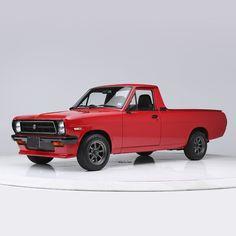 Nissan Trucks, Toyota Trucks, Nissan Sunny, Automotive Engineering, Nissan Infiniti, Suzuki Jimny, Barrett Jackson Auction, Mini Trucks, Japanese Cars