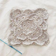 erinhart2 crochet square
