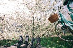 Jakie buty na rower?   #espadryle #jakiebutynarower #trampkinarower #butynarower #rower #sandaly #sneakery