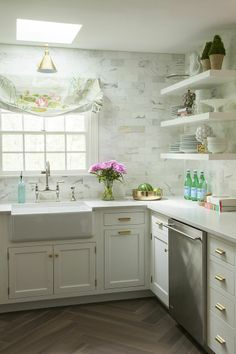 By Marble subway tile, open shelving, brass pulls and a gorgeous farmhouse sink. I'll never tire of this bright white kitchen! Cottage Kitchens, Home Kitchens, Dream Kitchens, Fancy Kitchens, Kitchen Backsplash, Kitchen Cabinets, White Cabinets, Subway Backsplash, Floors Kitchen