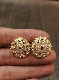 Gold Jhumka Earrings, Hindu Mantras, India Jewelry, Ear Rings, Jewellery Designs, Ear Studs, Silver Jewellery, Jewelry Collection, Fashion Jewelry