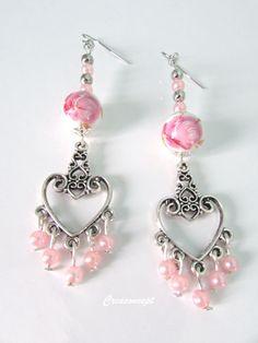 Porcelain beads earrings - Boucles d'oreilles perles de porcelaine roses et connecteur coeur argenté http://www.alittlemarket.com/boutique/creaconcept-899765.html