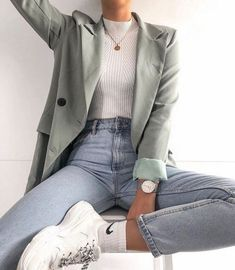 Fashion outfits and style ideas for the warm year look Fashion . - Fashion outfits and style ideas for the warm year-round look fashion - Winter Outfits For Teen Girls, Winter Fashion Outfits, Work Fashion, Fall Outfits, Fashion Ideas, Fashion Fashion, Fashion Clothes, Fashion 2020, Blazer Fashion