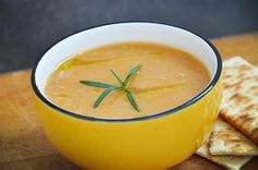 Creamy Carrot Soup with Ginger. Perfect for cold season! #vegan - I love ginger so this one is a yes, please!