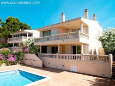Cala Provensals: Freistehende Villa in begehrter sonniger Lage mit Pool