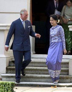 En visite au Royaume-Uni, la prix Nobel de la Paix 1991 Aung San Suu Kyi a rencontré le prince Charles.