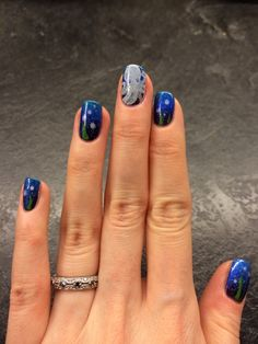 gradient, stamping, dotting tools - all in one! Octopus nail design #nailart