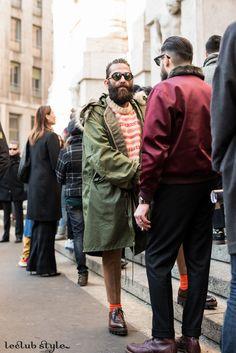 Menswear Street Style. Yilmaz Aktepe by Ángel Robles before Salvatore Ferragamo show, Milan Fashion Week.