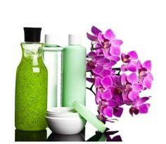 Sunnere og tryggere tips til organisk og økologisk shampoo og balsam. Her finner du gode produkttips. Diy Soap And Shampoo, Shampoo Bar, Natural Shampoo Recipes, Keratin Shampoo, Shampoo Bottles, Cream For Dry Skin, Soap Base, Beauty Recipe, Neutral