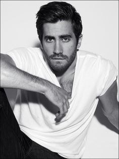 jake gyllenhaal black and white photos | are in colour and many are in black and white here is just a selection ...