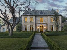 Alyssa May with RE/MAX DFW Associates: 6739 Lupton Drive, Dallas, TX 75225 - Dallas Real Estate - MLS ID 13065935