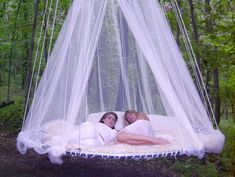 Floating Beds - This would be simply divine under the pergola in the garden or under the pergola by the pond/pool. <3