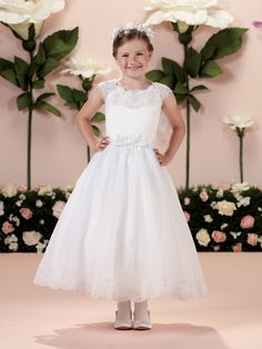 First Communion Dress Joan Calabrese for Mon Cheri  »  Style No. 114340  »  Calabrese Girl